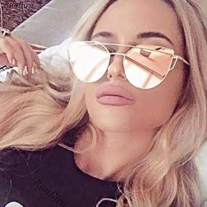 Mirrored metal frame square sunglasses